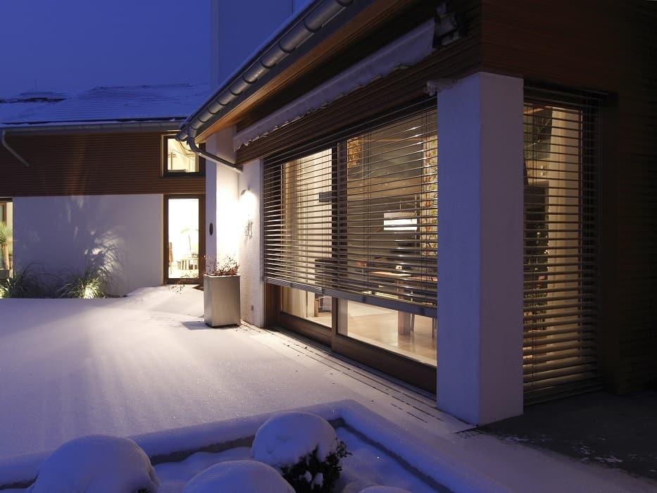 Jamaica winter terrace yard house
